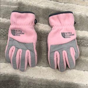 North Face girls pink fleece winter gloves